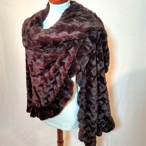 ❣️Beautiful Faux Fur Wrap